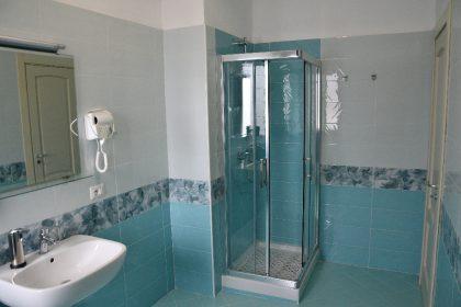 Hotel: Camera Doppia il Bagno - Hotel Indaco Hotel Ristorante Pizzeria Casal Velino Marina (Salerno) Cilento